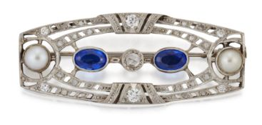 A BELLE EPOQUE SYNTHETIC BLUE SPINEL, SPLIT PEARL AND DIAMOND BROOCH