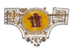 A LATE 19TH/EARLY 20TH CENTURY BROOCH