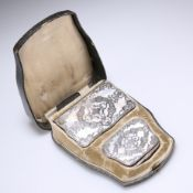 A 19TH CENTURY FRENCH SILVER AND MOTHER-OF-PEARL NOTEBOOK AND PURSE,