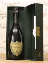 1 BOTTLE CHAMPAGNE 'DOM PERIGNON' VINTAGE 1996 IN GIFT PRESENTATION BOX WITH BOOKLET