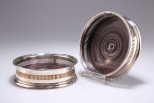 A PAIR OF OLD SHEFFIELD PLATE WINE COASTERS, CIRCA 1790