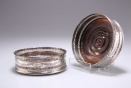 A PAIR OF OLD SHEFFIELD PLATE WINE COASTERS, CIRCA 1780