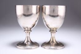 A PAIR OF OLD SHEFFIELD PLATE GOBLETS, CIRCA 1790