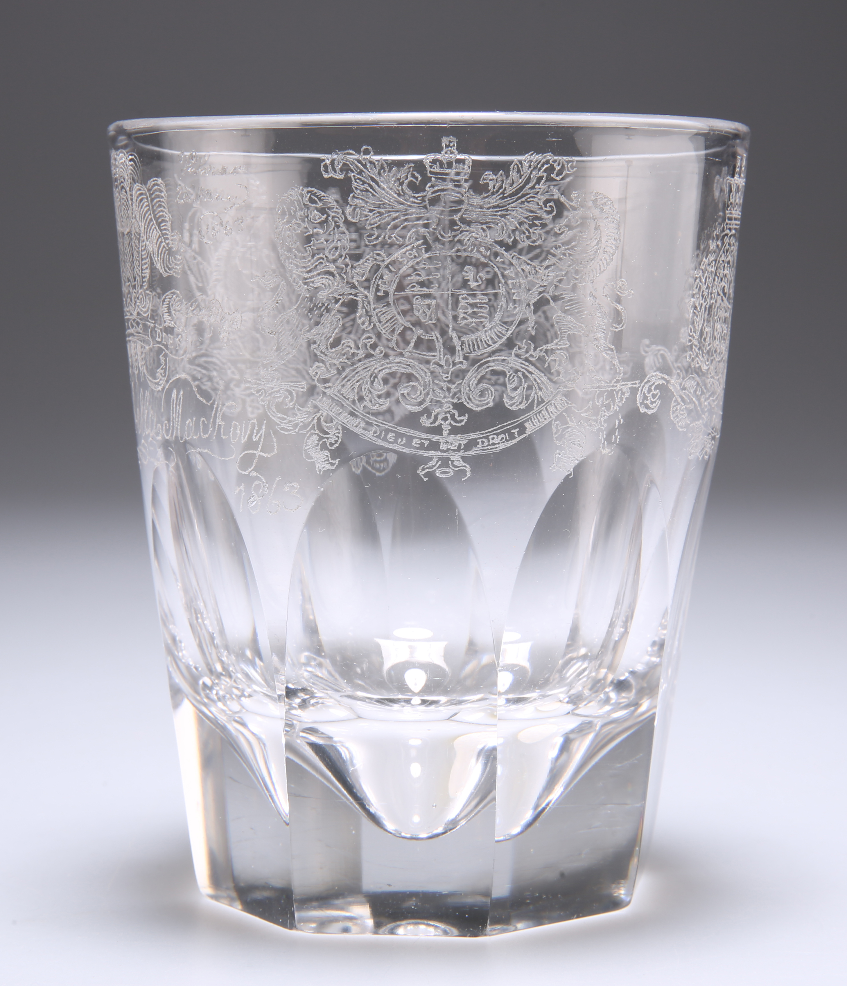 A VICTORIAN GLASS TUMBLER CUP, POSSIBLY BY THOMAS SUTHERLAND