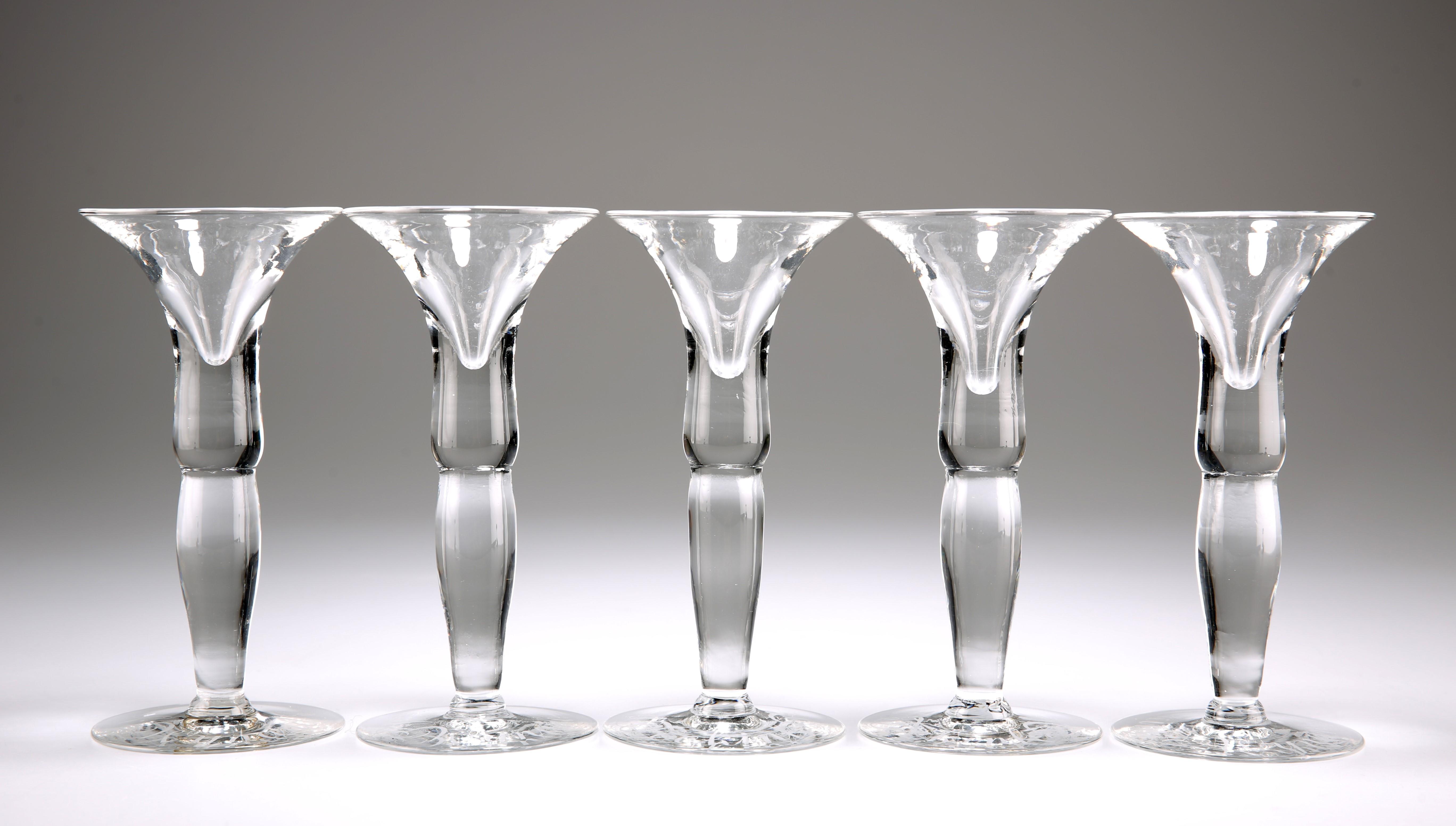 A SET OF FIVE DUTCH WYNAND FOCKINK TASTING GLASSES - Image 2 of 4