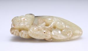 A CHINESE JADE CARVING OF A CAT