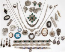 A QUANTITY OF SILVER MARCASITE, FILIGREE AND OTHER JEWELLERY