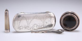 A GEORGE V SILVER SPECTACLES CASE
