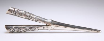 A PAIR OF CHINESE SILVER GLOVE STRETCHERS