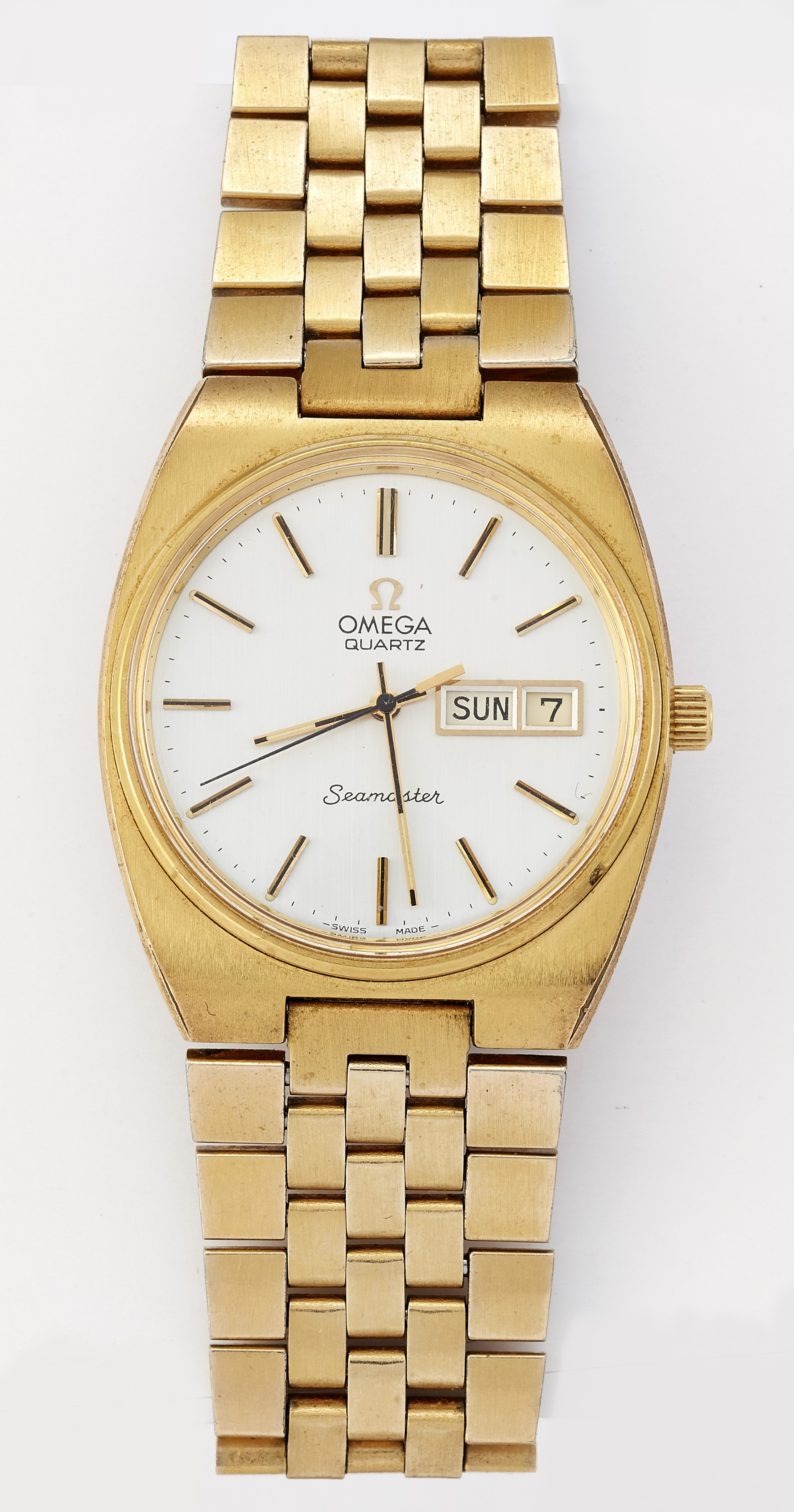 A GENTS GOLD PLATED OMEGA SEAMASTER QUARTZ WATCH