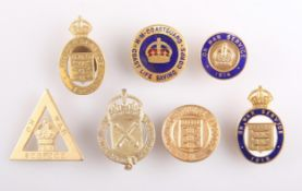 SEVEN WW1 AND WW2 LAPEL BADGES
