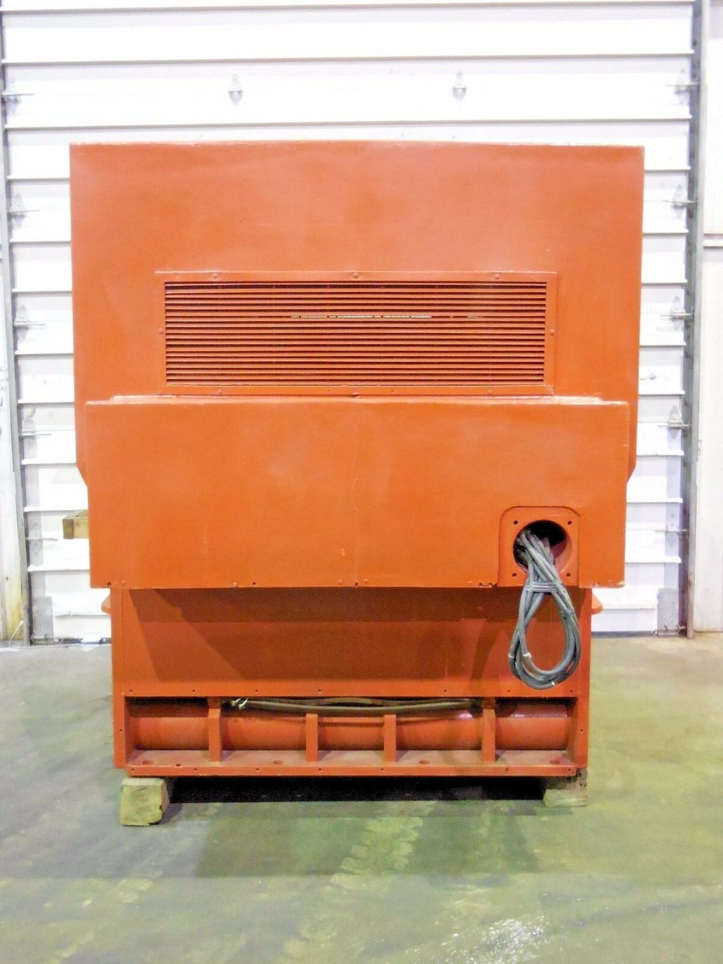 Allis Chalmers 3000 HP Induction Motor. 3572 RPM. 4000 V. Type ANW. 3 Ph. 60 Hz. - Image 2 of 6