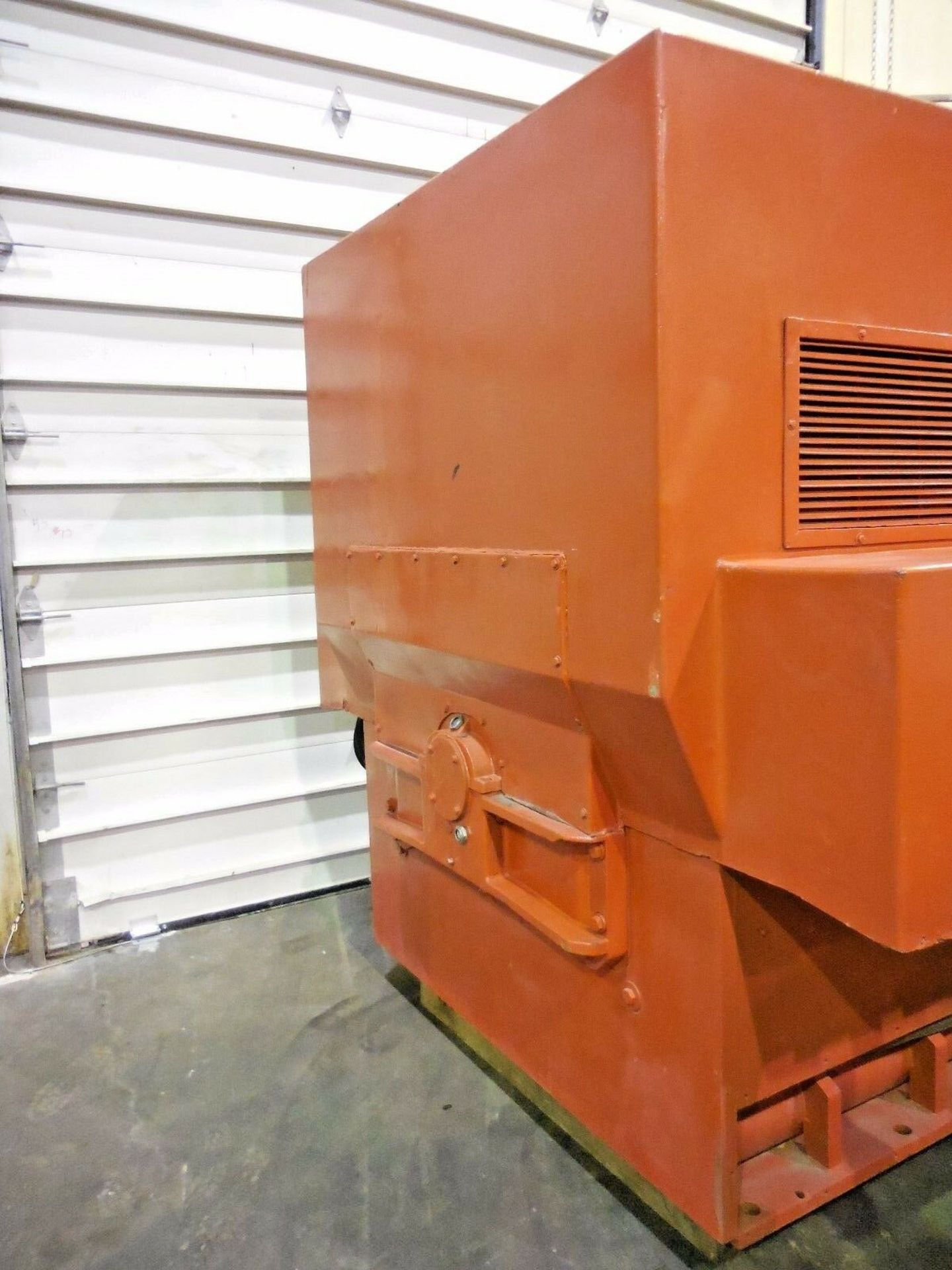 Allis Chalmers 3000 HP Induction Motor. 3572 RPM. 4000 V. Type ANW. 3 Ph. 60 Hz. - Image 3 of 6