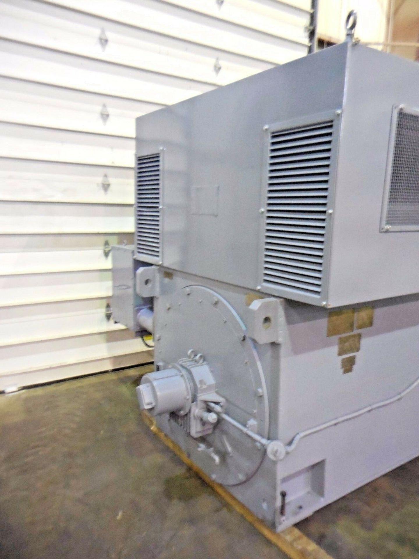 Westinghouse 2500 HP Induction Motor. 1190 RPM. 5614. 4000 V. 3 Ph. 60 Hz. - Image 3 of 4