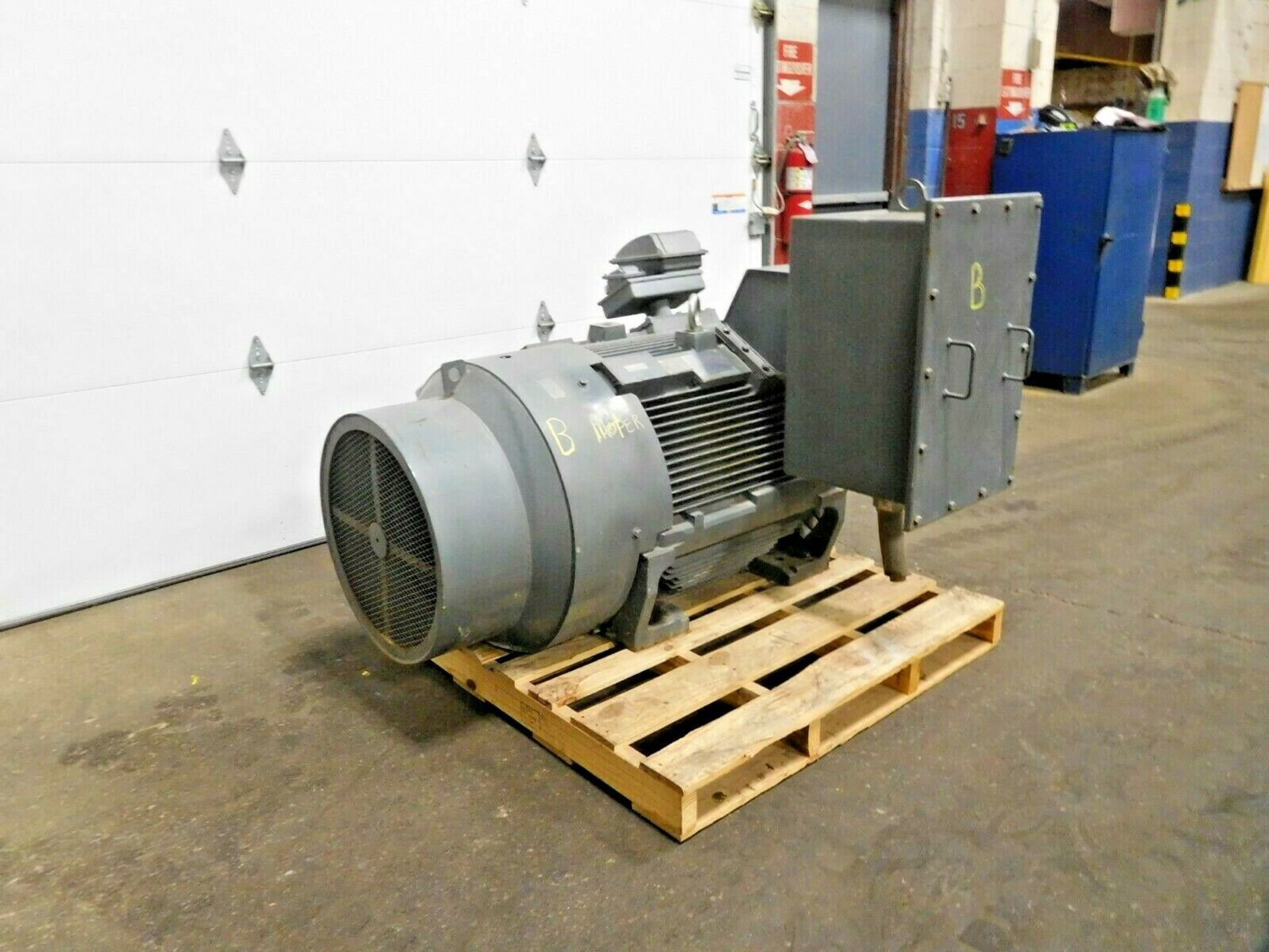 Teco Westinghouse KG2504 Motor. 250 HP. 1780 RPM. 4000 V. 5007B. TEFC. 60 Hz. 3 Ph. AEHGTK. - Image 2 of 4