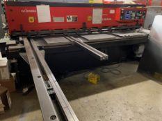 (2000) Amada Shear M2560 Mechanical Shear SN/ 25601315 Includes (2) Racks of Aluminum Raw Materials