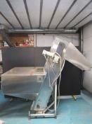 New England Machinery Diagonal Feeder/Conveyor