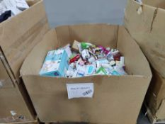 Sleeve of wipes, orogold, wipes, lashes, cleaning supplies, soaps and more
