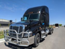 Pallet & Freightliner Auction!
