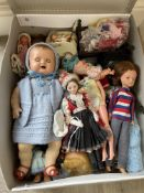 Box of vintage dolls to inc early sindy etc.