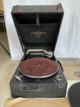 Viva-Tonal Columbia Grafonola no:109A and Records