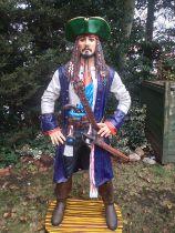 Cinema - Rare Statue of the Caribbean pirate Jack Sparr