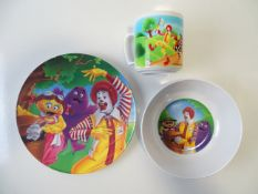 A melamine MCDONALDS children's dinner set - plate, bowl and cup (3)