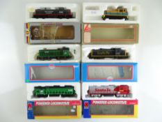 A group of American Outline diesel locomotives by MODEL POWER, LIFE-LIKE and others - F/G in F/G