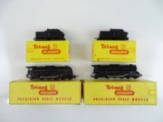 A pair of TRI-ANG TT Gauge Continental Outline French Pacific steam locomotives with tenders - G/