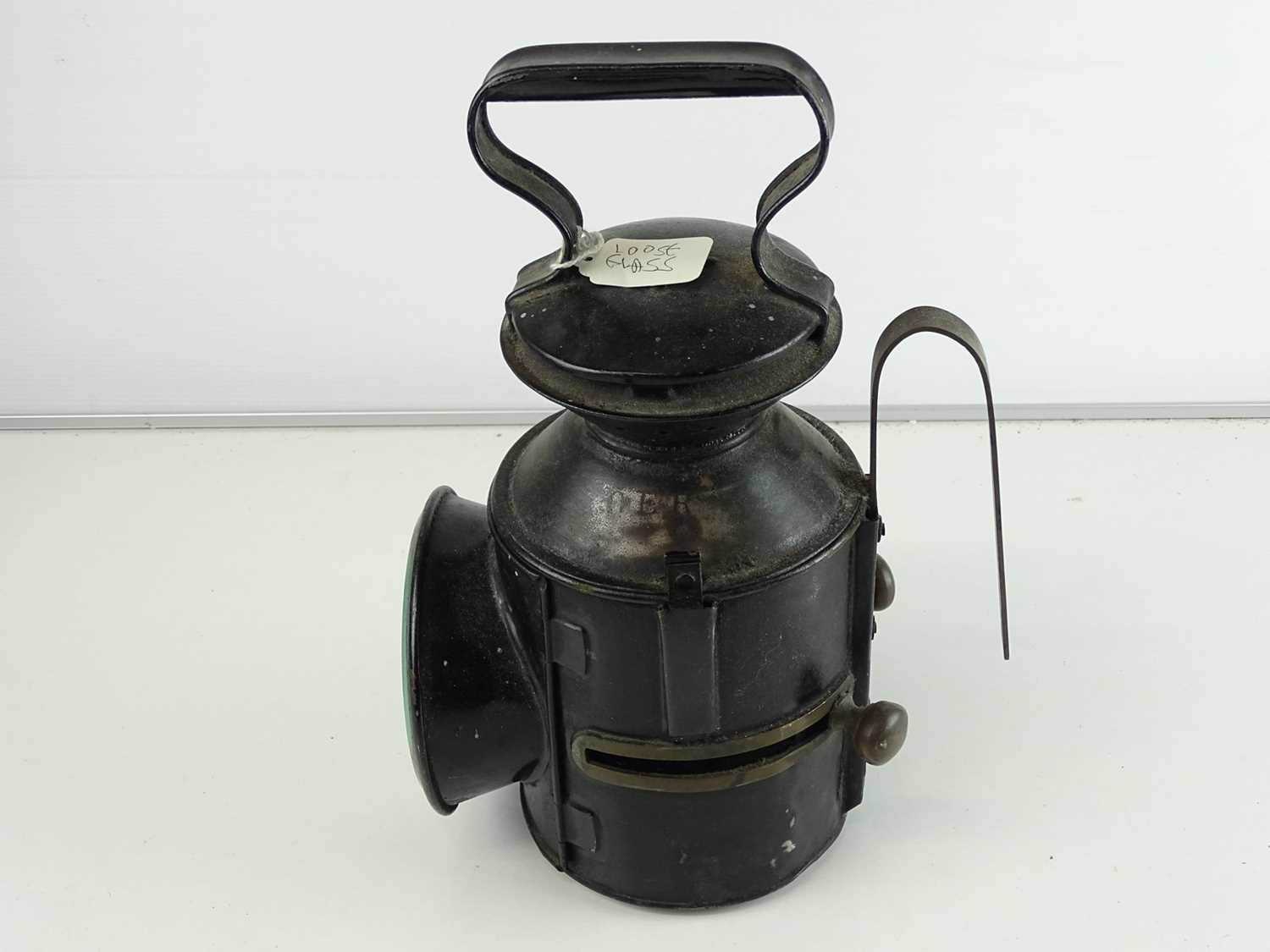 A Great Eastern Railway oil lamp - Image 2 of 4
