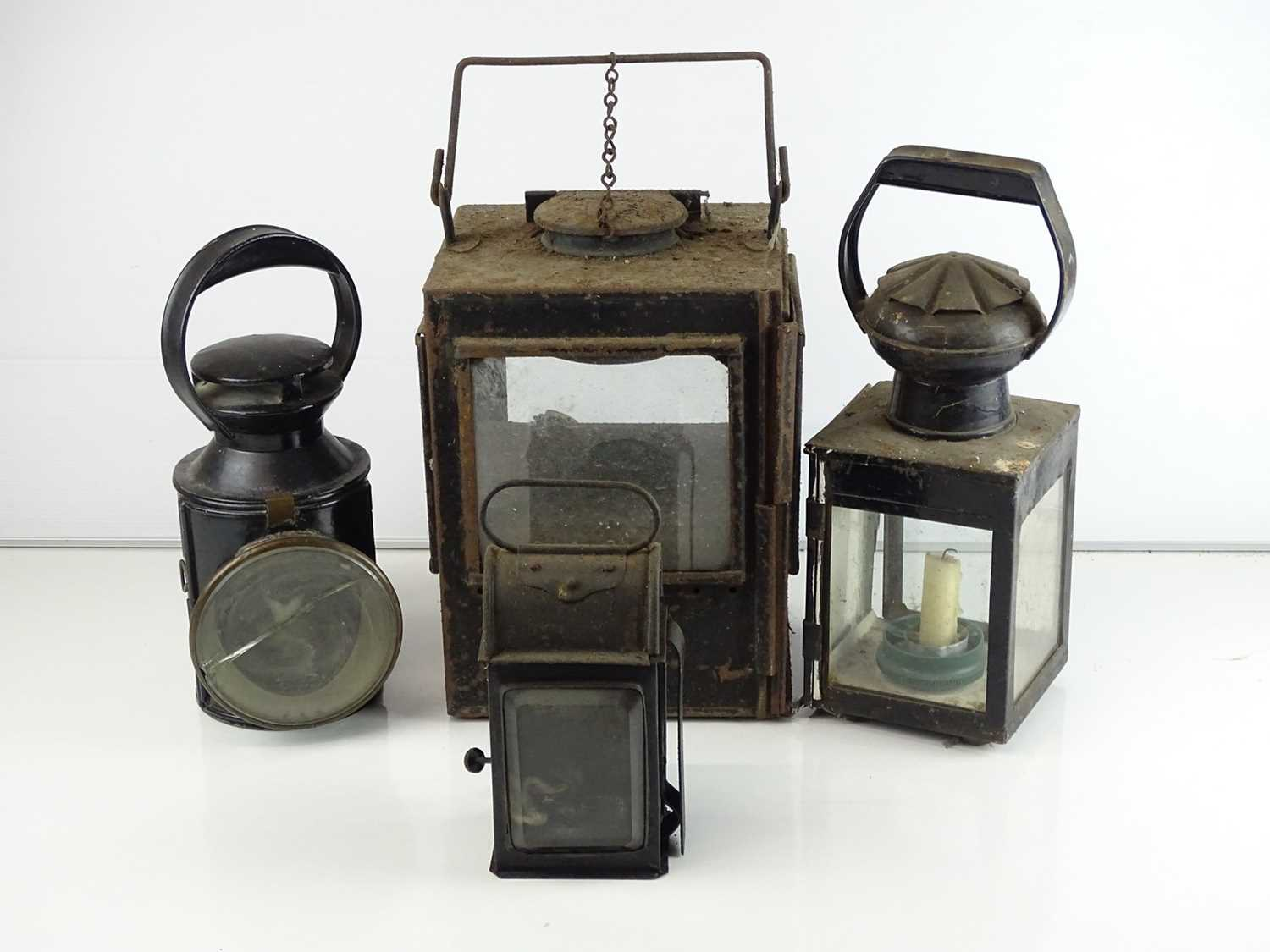 A mixed group of railway lamps (4)