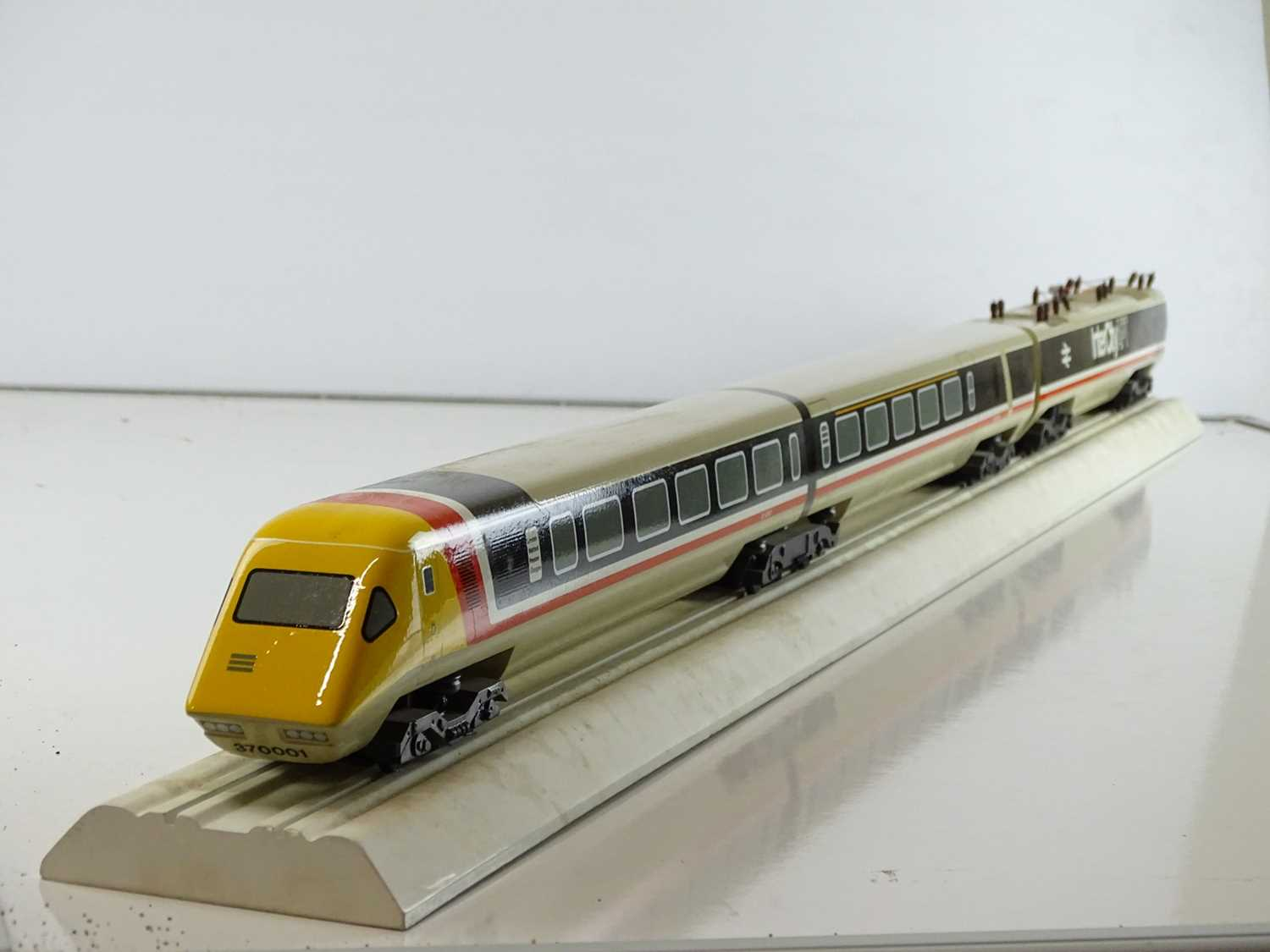 """A large scale display model (51"""" x 4"""" x 4"""") of an Intercity Advanced Passenger Train as provided for"""