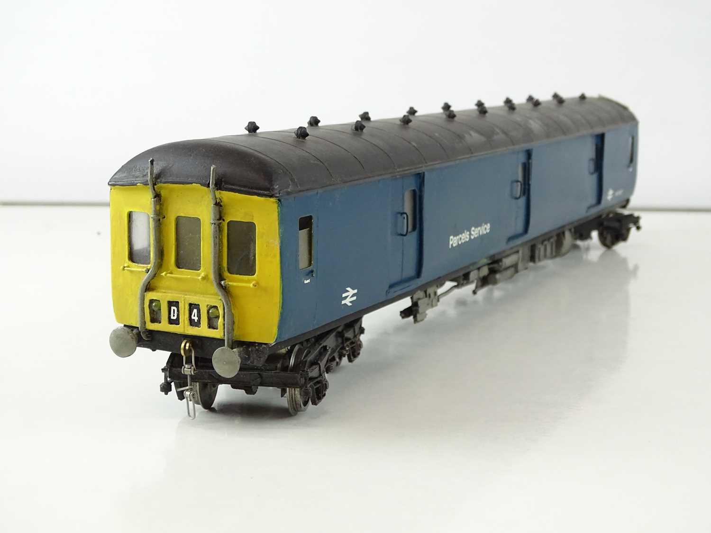 A kitbuilt O Gauge finescale Class 128 Diesel Parcels Railcar in BR blue livery - G/VG in a plain