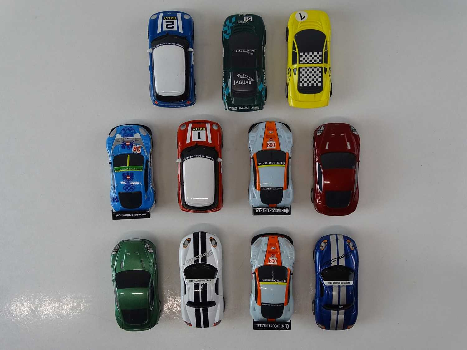 A large quantity of MICRO SCALEXTRIC to include eleven cars and track - G (unboxed) (Q) - Image 2 of 3