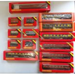 A group of OO Gauge rolling stock by HORNBY to include Pullman coaches and wagons - G in G boxes (