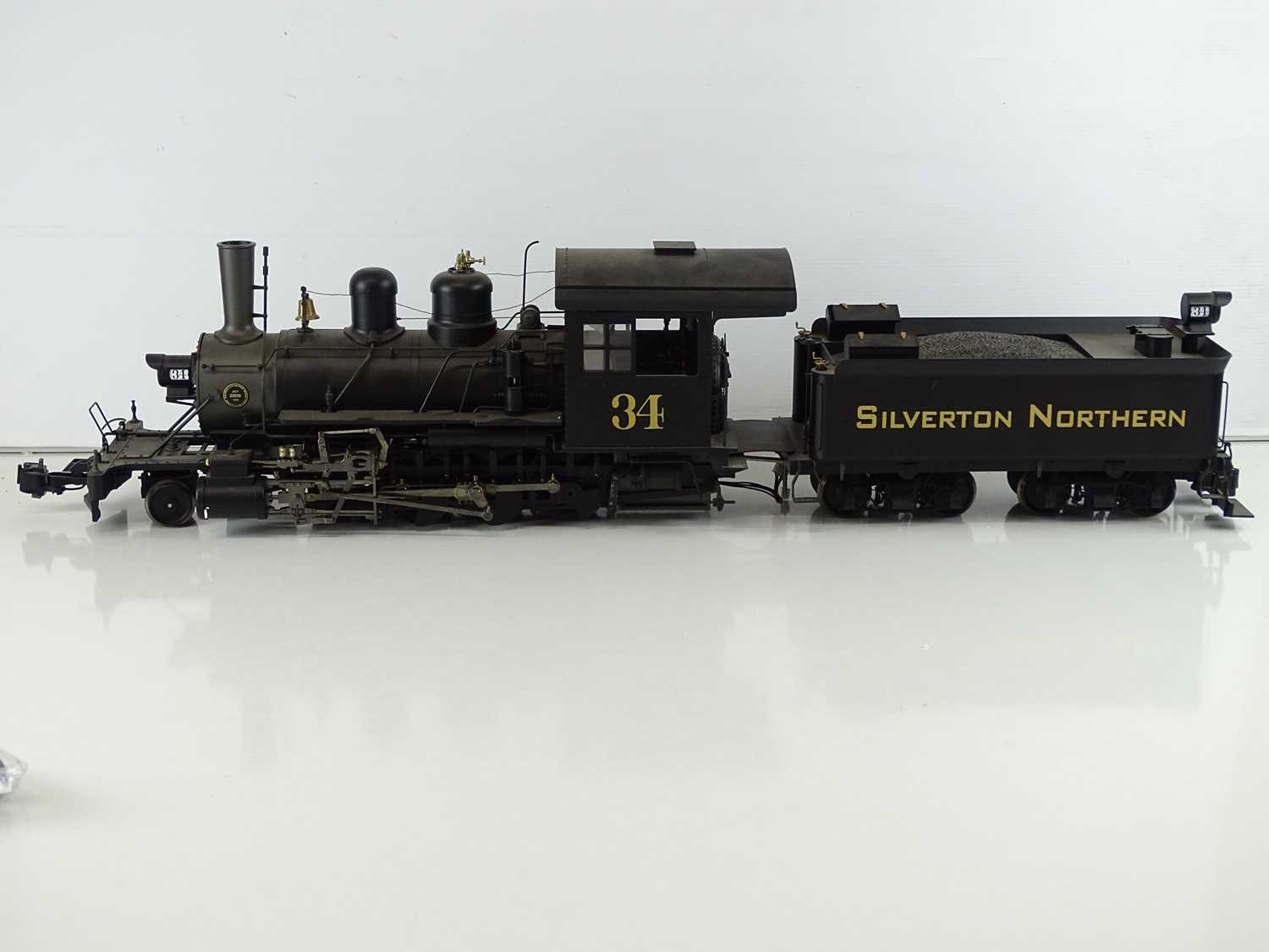 A SPECTRUM American outline G scale narrow gauge 1:20.3 81297 2-8-0 Consolidation steam locomotive