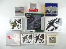 A mixed group of diecast airplanes in various scales, from various manufacturers - VG in G boxes (