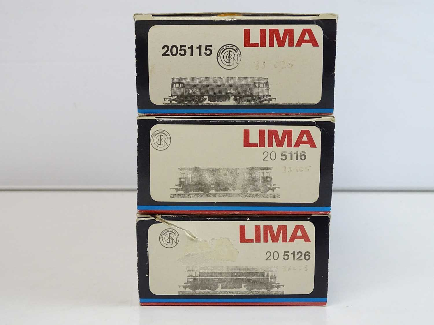A group of three LIMA OO Gauge Class 33 diesel locomotives in BR blue and green liveries - VG in G - Image 2 of 2