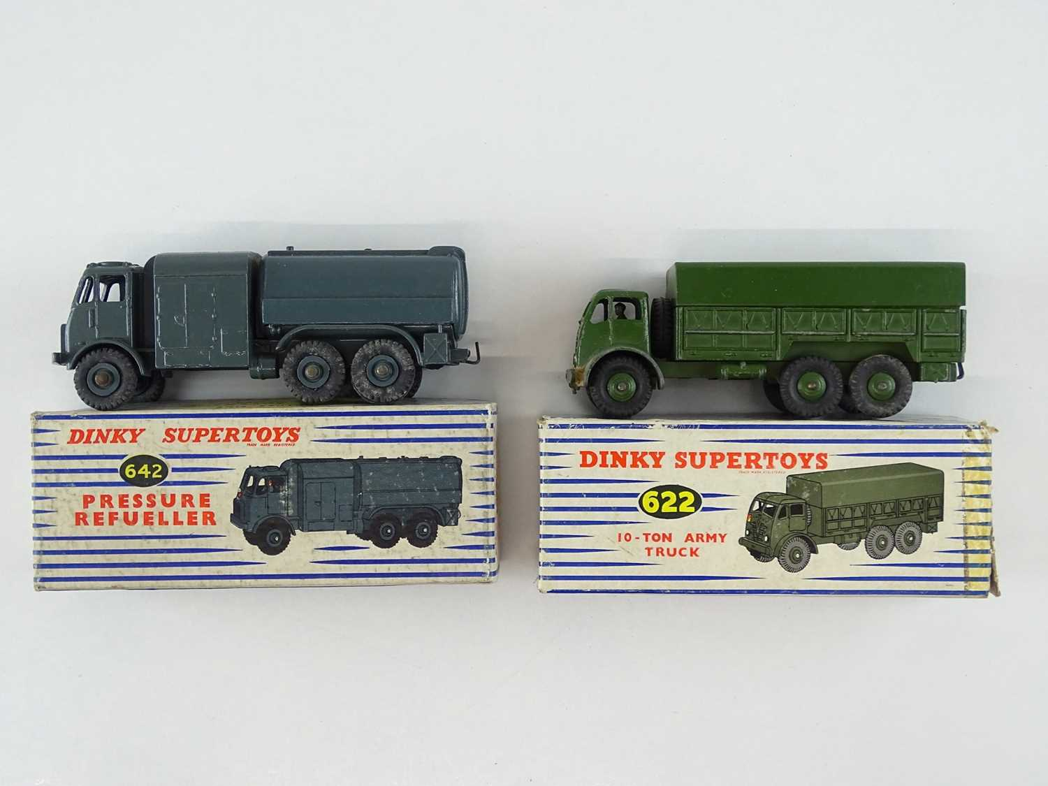 A pair of DINKY military vehicles comprising a 622 Army Truck and a 642 Pressure Refueller - G/VG in