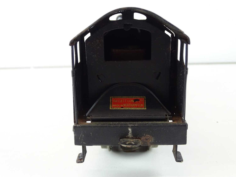 A BASSETT-LOWKE 3-rail O gauge 5611/0 Royal Scot steam locomotive in LMS black livery - G in F/G - Image 5 of 7
