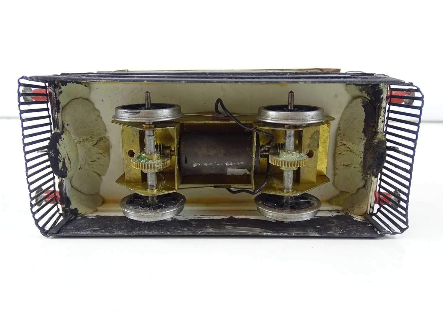 A kit/scratchbuilt O Gauge finescale ex-LNER class J70 Tram loco in weathered BR livery - G/VG - Image 5 of 5