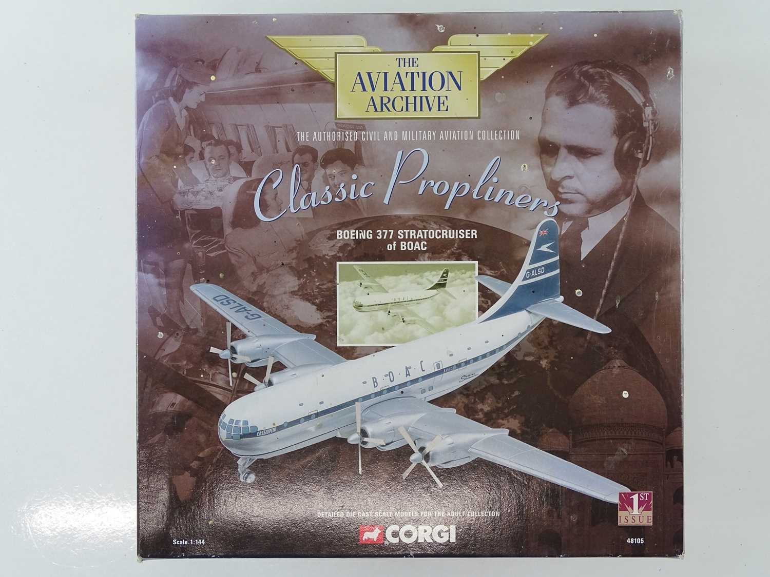A group of CORGI AVIATION ARCHIVE 1:144 scale Classic Propliners Series Propellor Aircraft - VG in G - Image 4 of 10