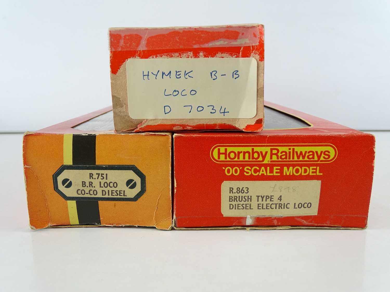 A group of HORNBY OO Gauge diesel locomotives comprising: A Hymek D7034 (repainted); R751 Class 37 - Image 3 of 3