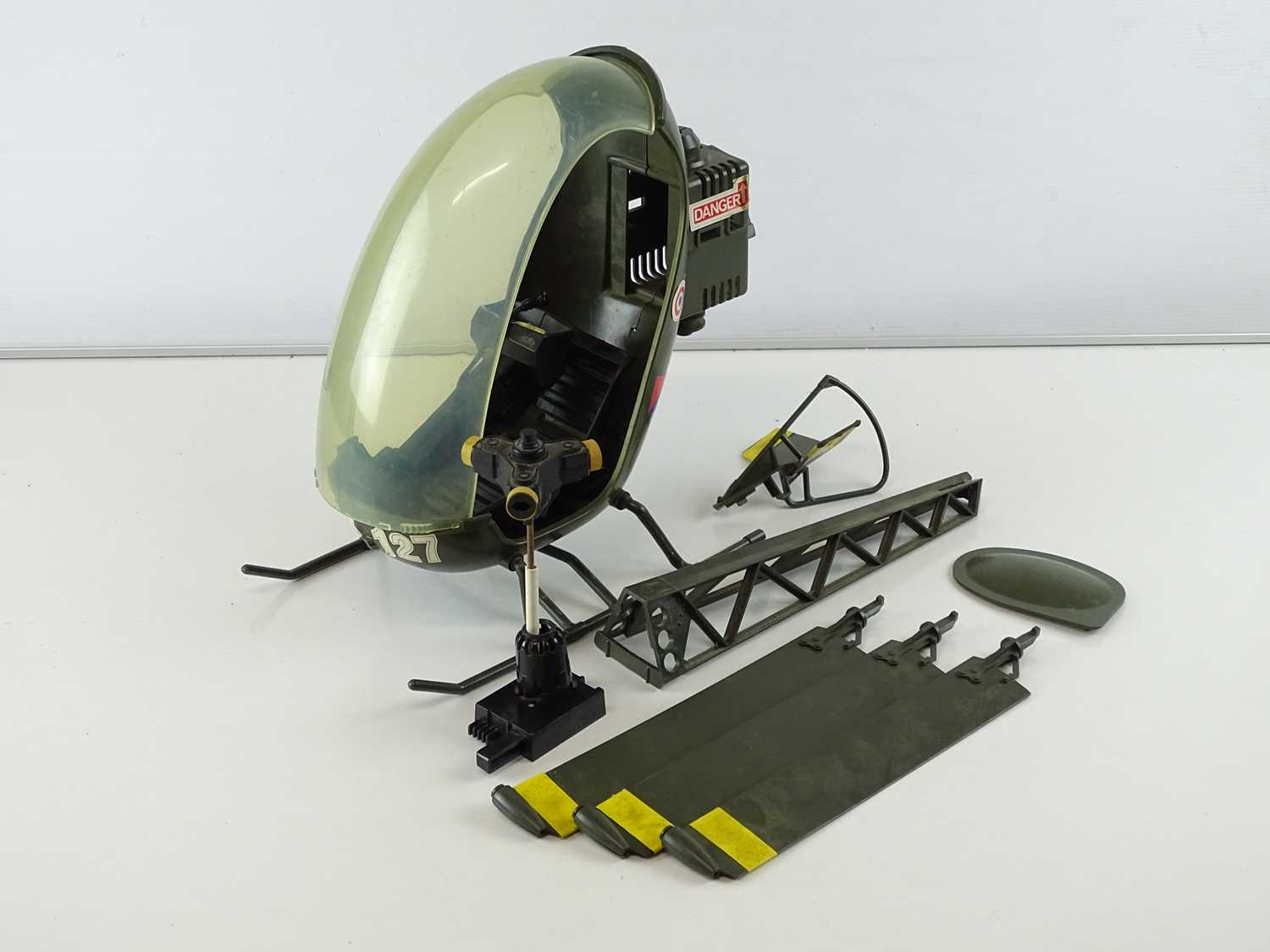 A quantity of 1970s era ACTION MAN accessories to include a tank (A/F), a horse and a helicopter - G - Image 3 of 4