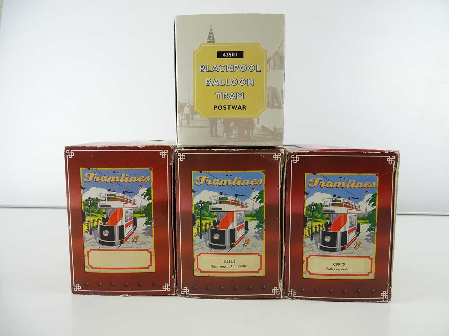 A small group of CORGI diecast trams in original boxes - G in G boxes (4) - Image 2 of 2