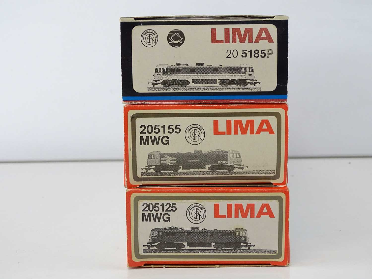 A group of LIMA OO Gauge Class 87 electric locomotives in various BR liveries - G/VG in G boxes (3) - Image 2 of 2
