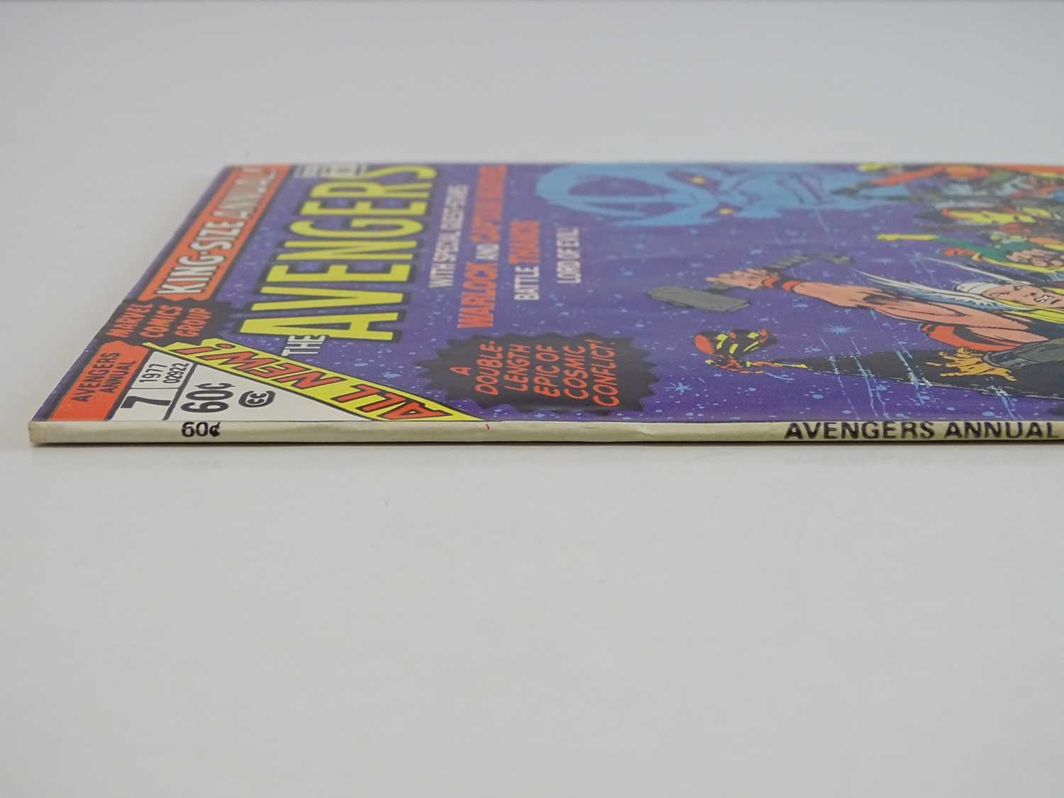 """AVENGERS KING-SIZE ANNUAL #7 - (1977 - MARVEL) - Includes """"Death"""" of Adam Warlock + Thanos, - Image 10 of 11"""