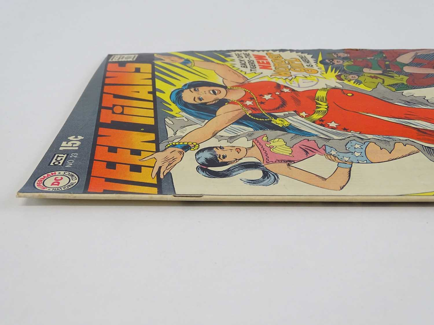 TEEN TITANS #23 - (1969 - DC - UK Cover Price) - Classic DC Cover - New costume for Wonder Girl - Image 8 of 9