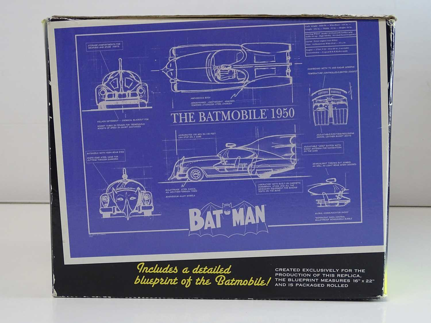 BATMAN: BATMOBILE REPLICA - 1950's EDITION - Limited Edition of 1,500 + Hand painted cold-cast - Image 5 of 5