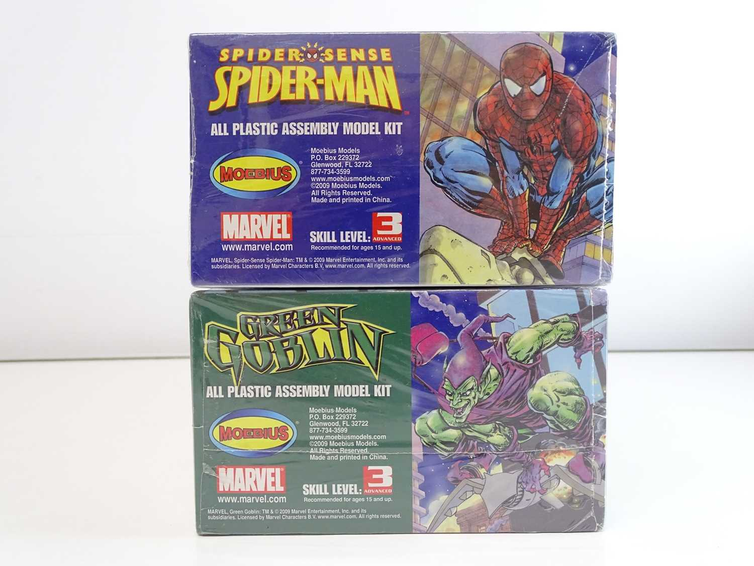 SPIDER-MAN & GREEN GOBLIN MOEBIUS MODEL KITS (2 in Lot) - (2009) Both model kits are unmade and - Image 2 of 2